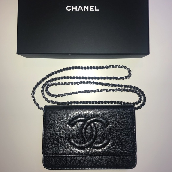 f6d68ebfcaefd5 CHANEL Bags | Caviar Crossbody Wallet On A Chain | Poshmark